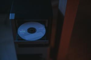 Dari CD-ROM