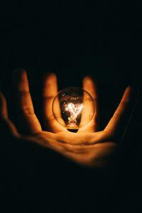 Perkembangan bohlam lampu